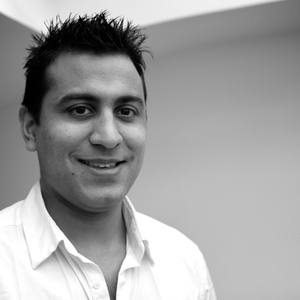 Profile_raj_headshots-12